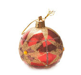 Kerstmis bal geïsoleerd — Stockfoto