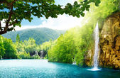 Waterfall in deep forest — Foto Stock