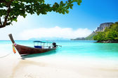 Long boat and poda island in Thailand — Photo