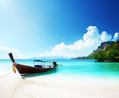 Long boat and poda island in Thailand — Stock Photo