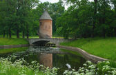 Pil-tower in the park of Pavlovsk — Stock Photo