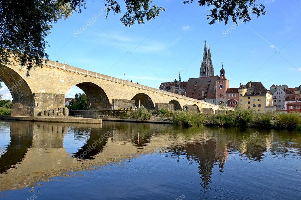 Ponte di ratisbona foto stock diabolique04 6887442 for Piani di progettazione di ponti gratuiti