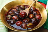 Figs in a copper bowl for cooking jam. — Stock Photo