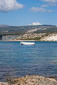 Whiteg boats on water — Stock Photo