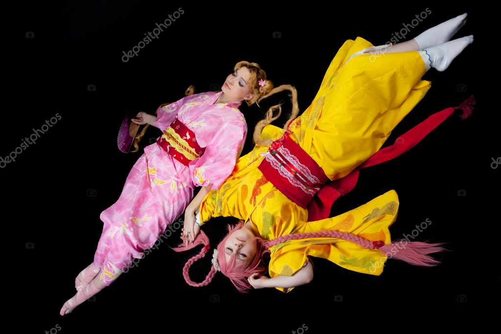 Portrait of beauty girls lay in kimono cosplay costume — Stock Photo #6820958