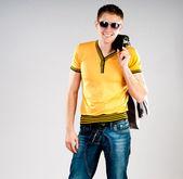 Fashion man in sunglasses — Stock Photo