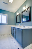 Blue and white classic modern new bathroom. — Stock Photo