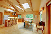 Large living room on the horse ranch with the kitchen. — 图库照片