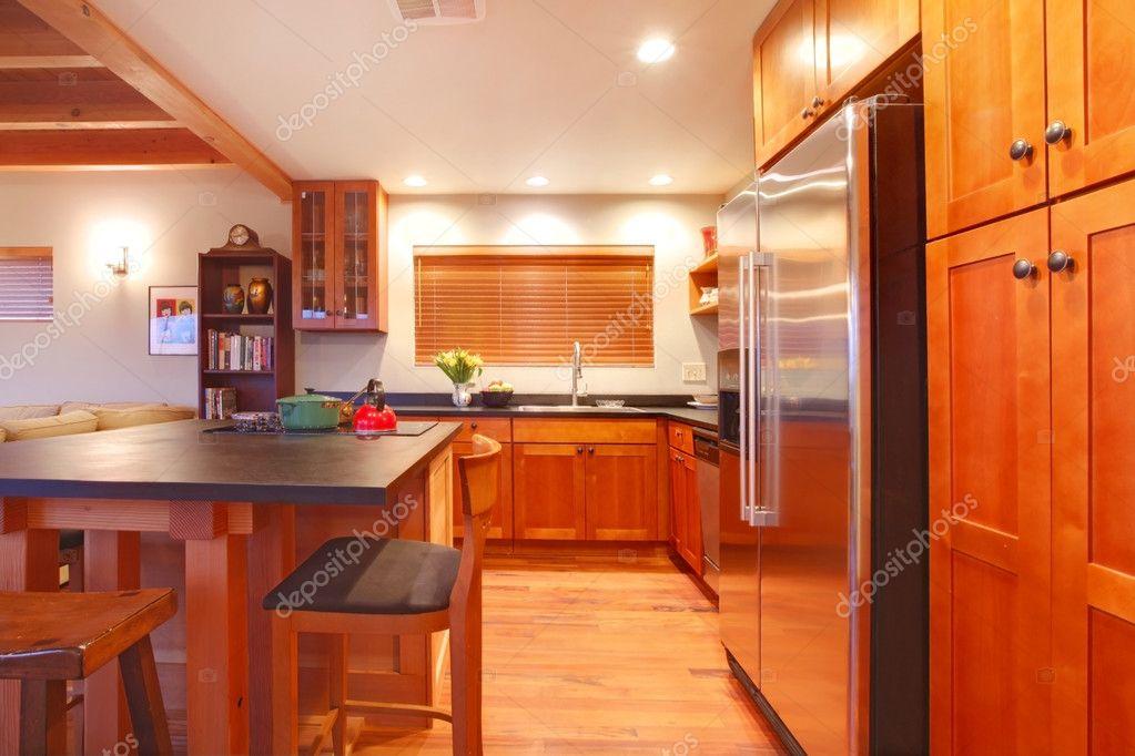 cuisine de luxe moderne avec bois franc merisier photographie iriana88w 7631563. Black Bedroom Furniture Sets. Home Design Ideas