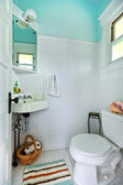 Blue and white old bright small bathroom. — Stock Photo