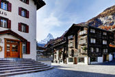 Zermatt, Swiss ski resort village. — Stock Photo