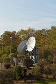 Satelliet schotels — Stockfoto