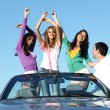 Friends in car — Stockfoto