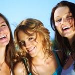 Happy girlfriends — Stock Photo