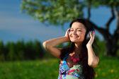 Listening to music — Stock Photo