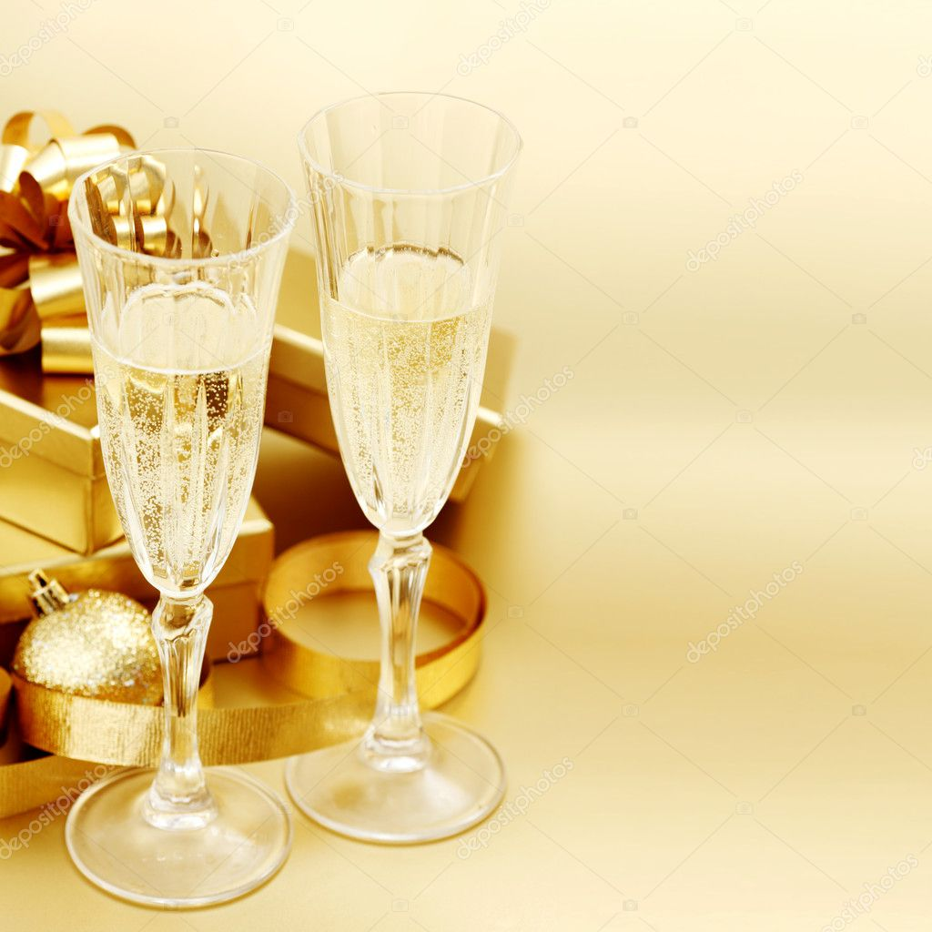 Golden christmas background champagne gifts ball — Stock Photo #6933536
