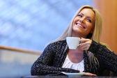 Boire un café femme — Photo