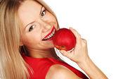 Kvinna och rött äpple — Stockfoto