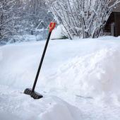 Shovel snow — Stock Photo