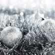Silver christmas ball - Stockfoto