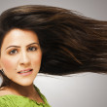 Teenage girl with long hair — Stock Photo #7461630