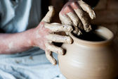 Potter making a terracotta vase — Stock Photo
