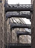 Antique buildings near Tower Bridge — Stock Photo