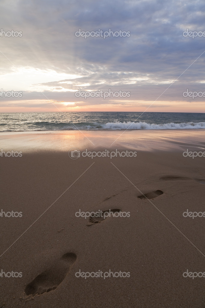 Des traces de pas sur une plage de l'ocan atlantique  Stock Photo #6767694