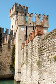 Scaligers castle of Sirmione — Stock Photo