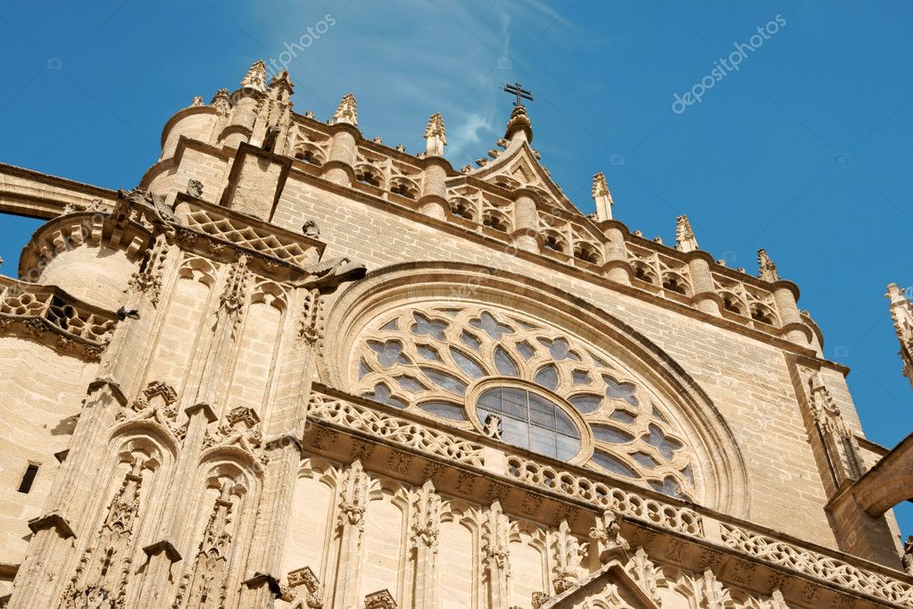 Detail of the gothic and baroque Cathedral of Seville. — Stock Photo #6876485