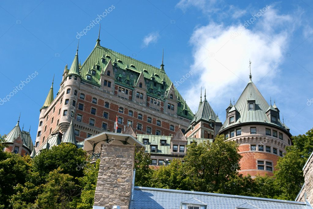 Chateau Frontenac in Quebec City on a cloudy day. View from the lower old city. — Stock Photo #6876720