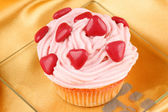 Fancy Valentine's Day cupcake — Stock Photo