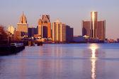 Office/Hotel Complex Detroit River — Foto de Stock