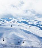Зимний горнолыжный курорт — Стоковое фото