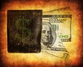 Cent billets de dollar dans le sac à main — Photo