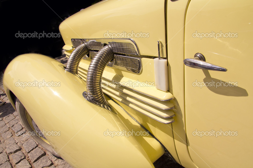 Madrid 3 July Party old Classic car Cord 812 Roadster 1937 — Stock Photo #6888221
