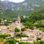 Valldemossa valley village view in Majorca Tramontana — Stock Photo