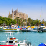 Majorca la Seu cathedral view from marina port of Palma — Stock Photo