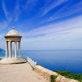 Es Galliner gazebo in Son Marroig over Majorca sea — Stock Photo