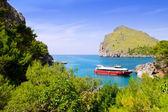 Escorca Sacalobra beach in north Mallorca with boat — Stock Photo