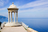 Es Galliner gazebo in Son Marroig over Majorca sea — Stock Photo