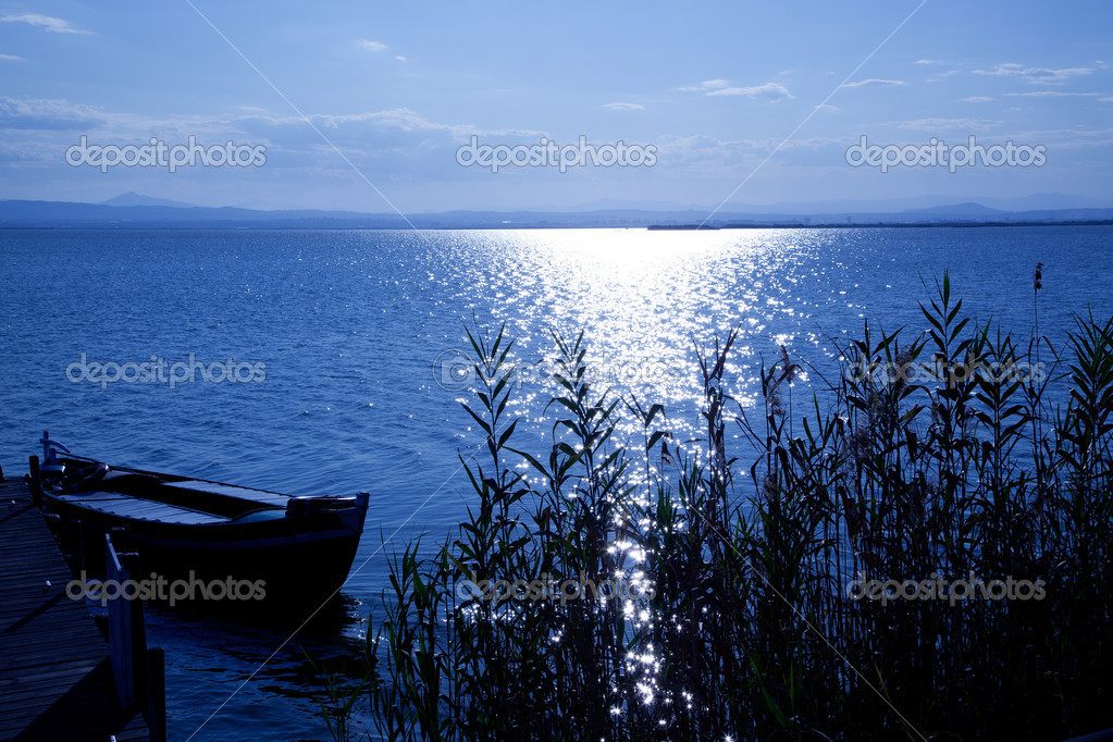 Albufera blue boats lake in El Saler Valencia Spain — Stock Photo #6952980
