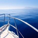 Boat bow sailing in blue Mediterranean sea — Stock Photo