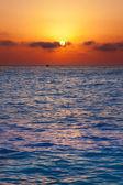 Mediterranean sea sunrise sunset with sun — Stock Photo