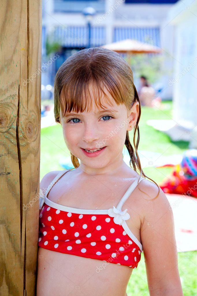 Фото маленькие девочки в бикини 4 фотография