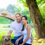 Couple happy posing with golden retirever dog — Stock Photo #7470899