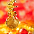 Christmas tinsel golden glitter bauble loop — Stok fotoğraf