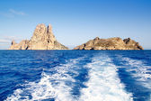 Es Vedra islet and Vedranell islands in blue — Stock Photo