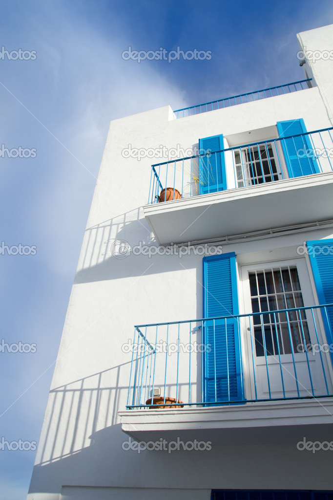 Ibiza town white facades of mediterranean village in Balearic — Stock Photo #7575976