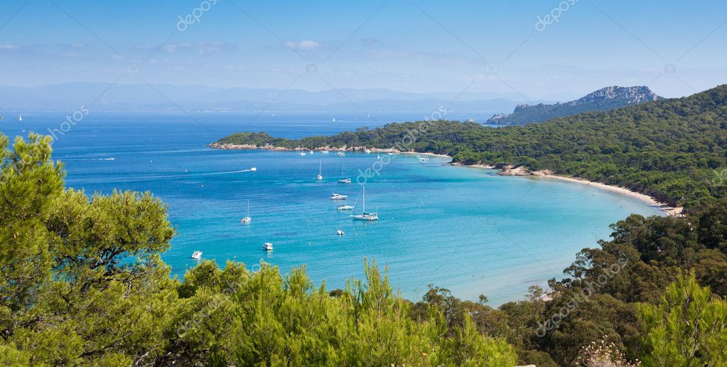 Panoramic view of Porquerolles island from  Fort Sainte Agathe  in France — Stock Photo #6752978